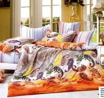 """2-х спальное постельное бельё-Евро """"Разноцветные огурцы"""""""