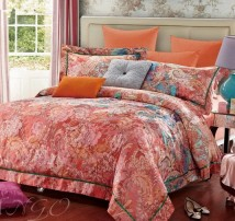 """Двухспальное постельное бельё-Евро +4 наволочки """"Розовые цветы и узоры на рыжем"""""""
