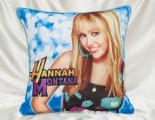 """Подушка детская Шёлк искусственный 45х45 """"Hannah Montana"""""""