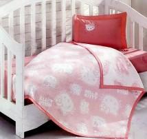 """Детское покрывало в кроватку с простынёй и наволочкой """"Розовое Хеллоу Китти"""""""