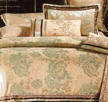 """2-х спальное постельное бельё-Евро """"Зелёные цветы на золотом"""""""